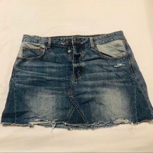 American Eagle Jean skirt (never worn)